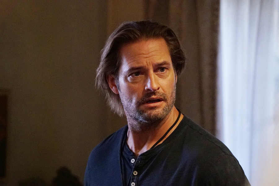 "COLONY -- ""Blindspot"" Episode 104 -- Pictured: Josh Holloway as Will Bowman -- (Photo by: Danny Feld/USA Network)"